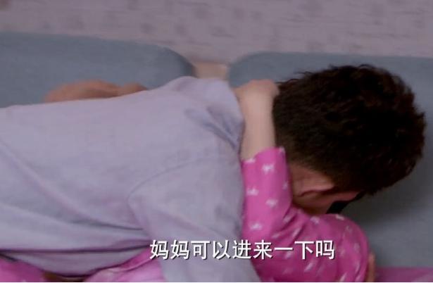 邓超老婆孙俪激情戏全曝光:床上火辣翻滚资讯生活